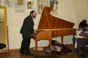 8. Kroll teaching at Weimar Musikhochschule, 2008